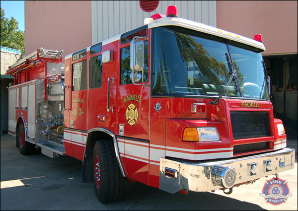 2 fire engines to house fire response - 1 2
